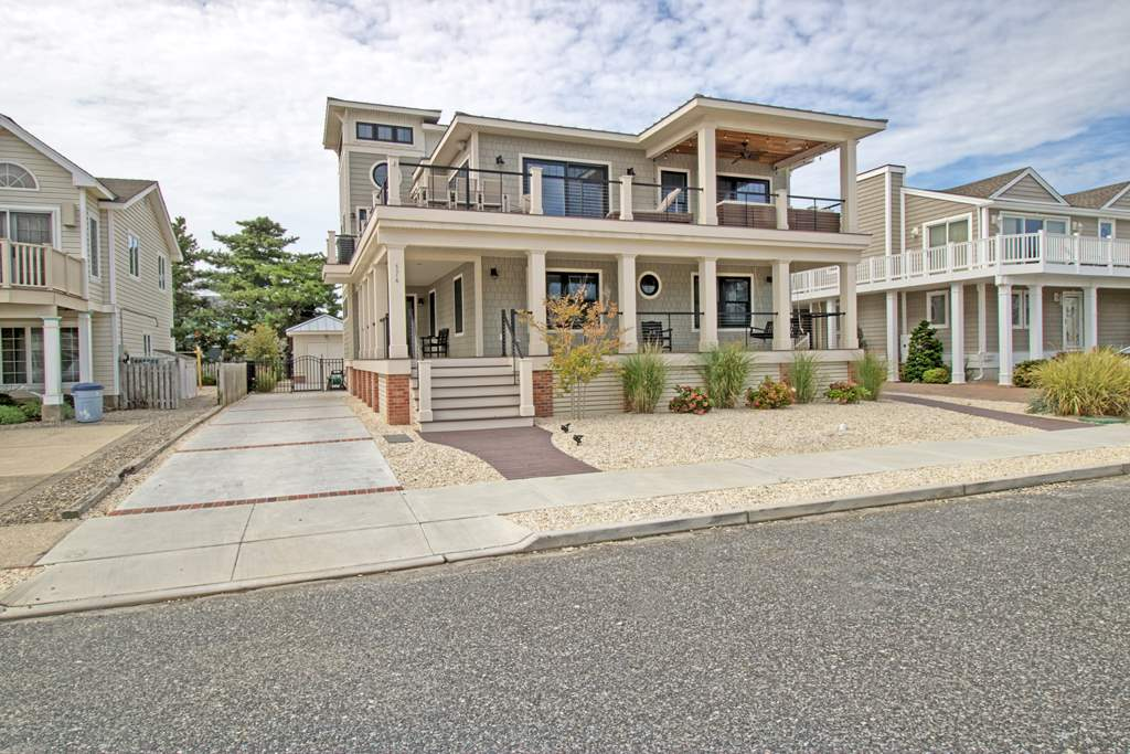 174 76th, Avalon, NJ 08202