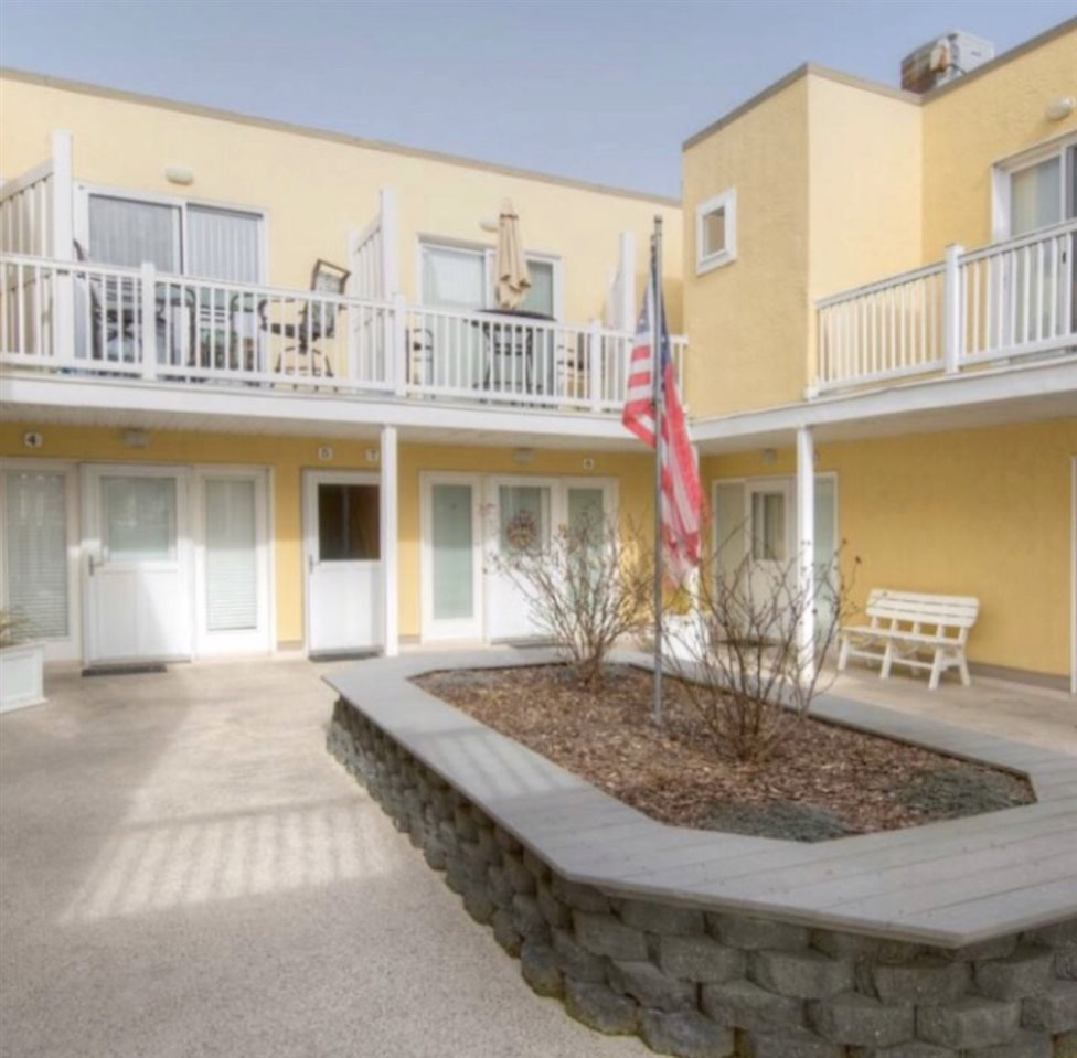 150 96th Street #5, Stone Harbor