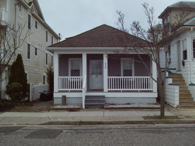 328 Roberts Avenue, Wildwood