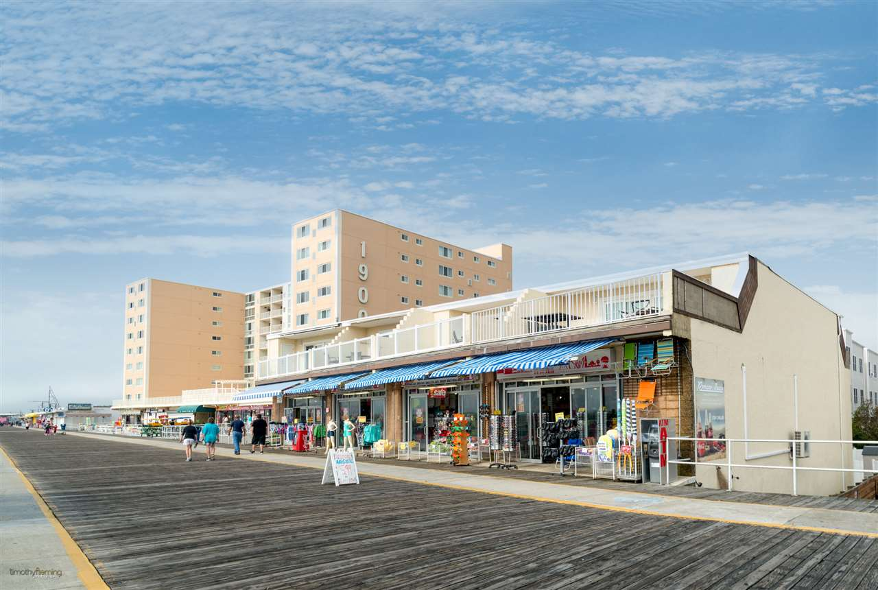 1806, Units #101 a Boardwalk, North Wildwood