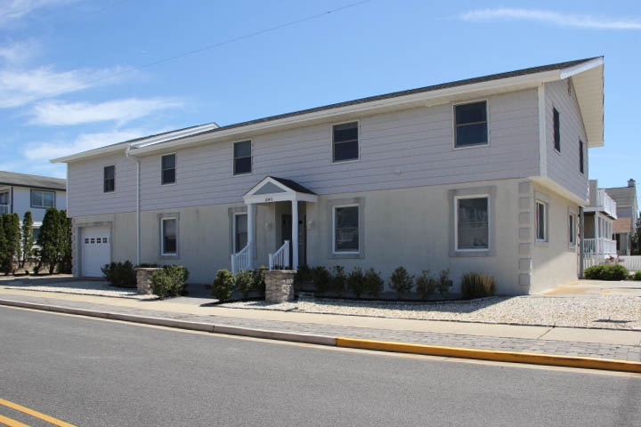 296 65th, Avalon, NJ 08202