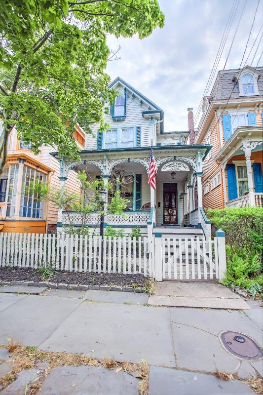 122 Decatur, Cape May