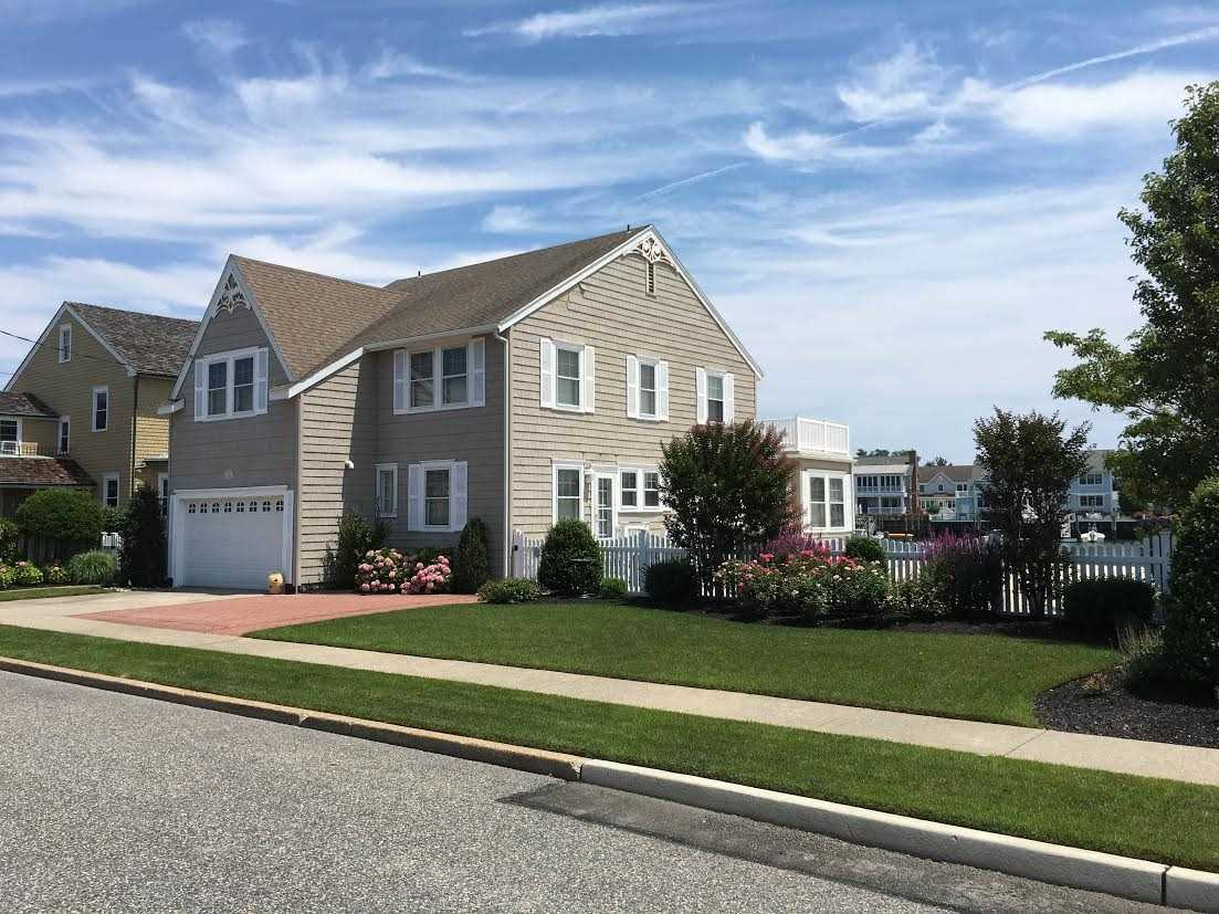 10516 Golden Gate, Stone Harbor