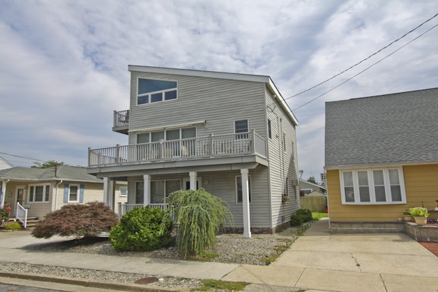 Multi-Family Home for Sale at 117 W Denver 117 W Denver Wildwood Crest, New Jersey 08204 United States