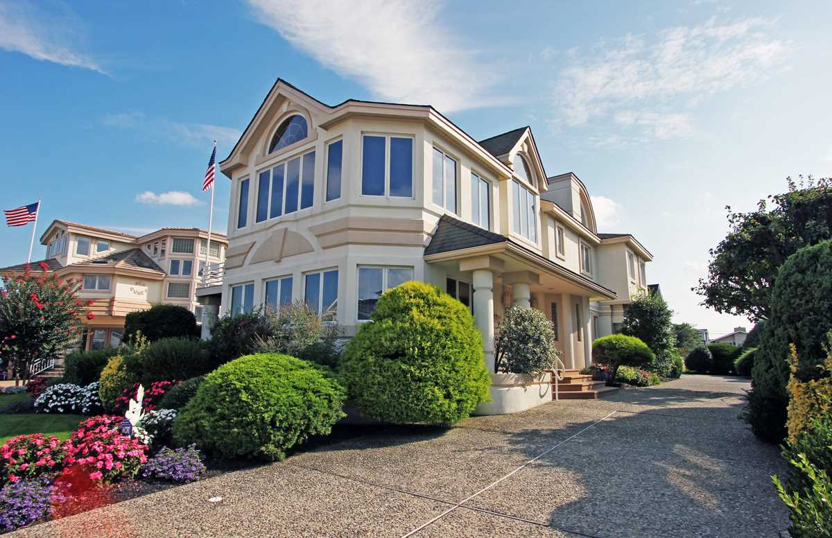 166 69th, Avalon, NJ 08202