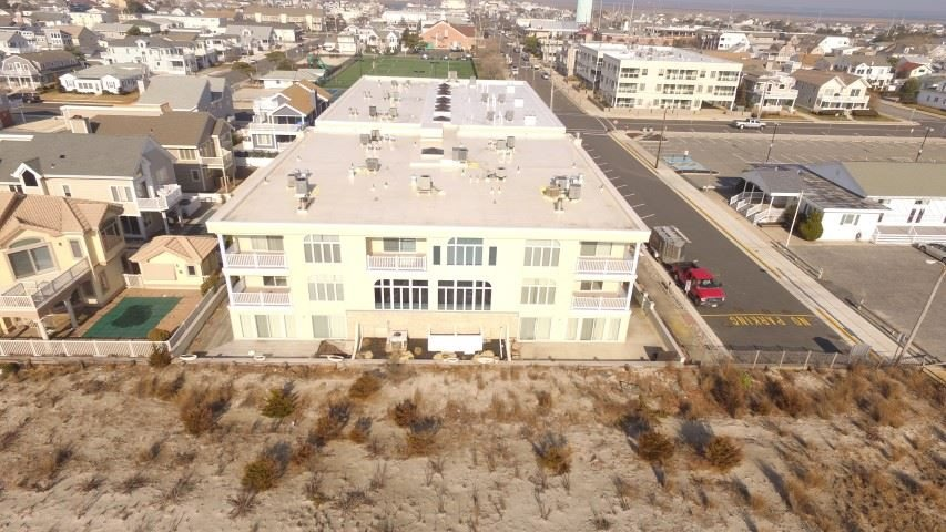 9600, Unit 17 First, Stone Harbor