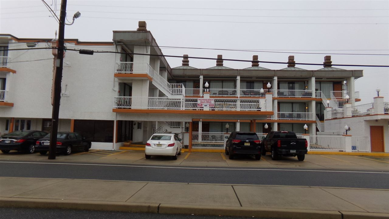 Condo / Townhouse for Sale at 1900 Surf Avenue 1900 Surf Avenue North Wildwood, New Jersey 08260 United States