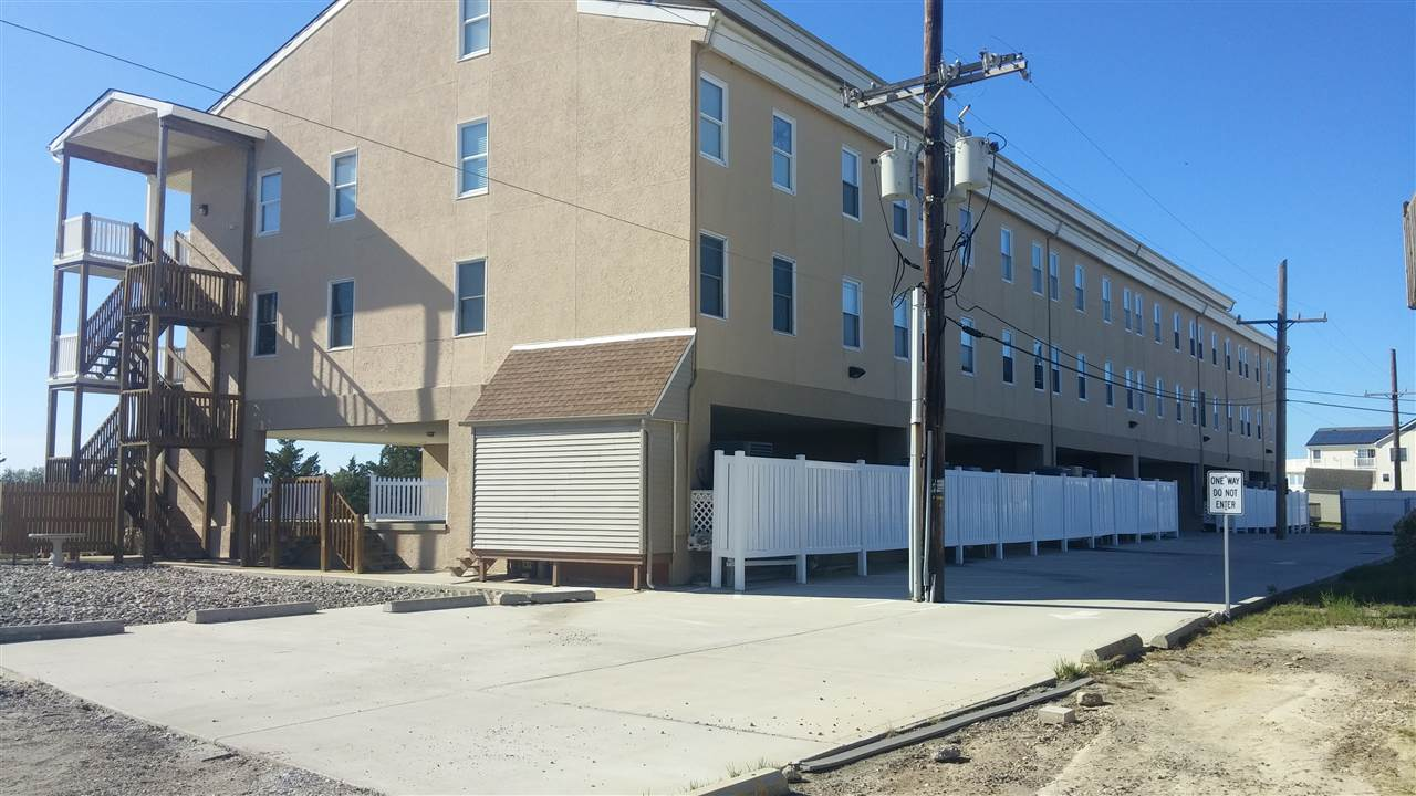 600, Unit 323 North, West Wildwood
