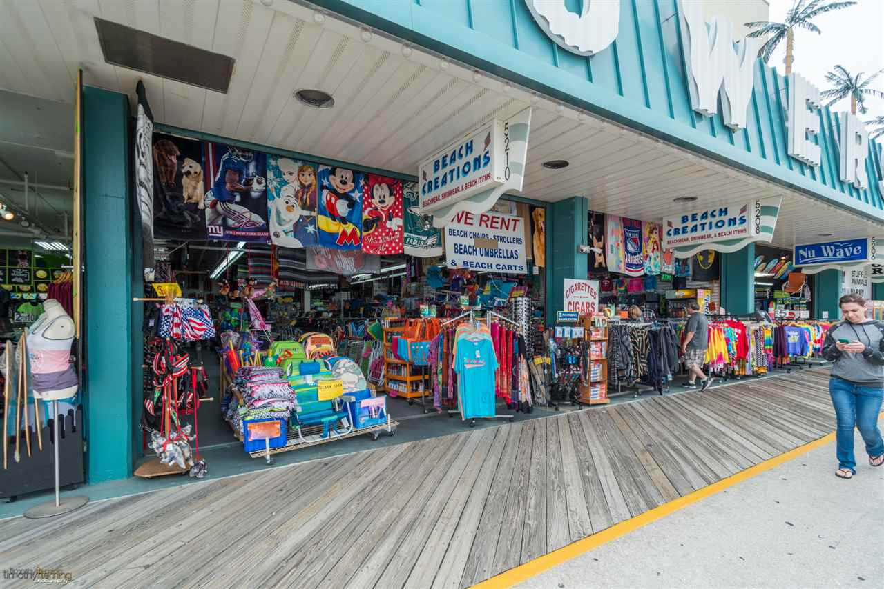 5210 Boardwalk, Wildwood