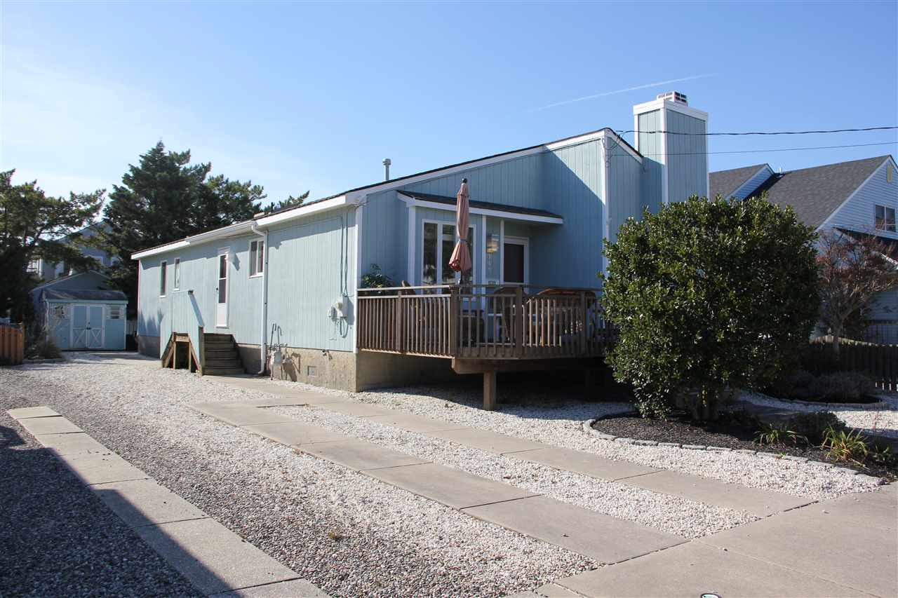 148 15th St, Avalon, NJ 08202