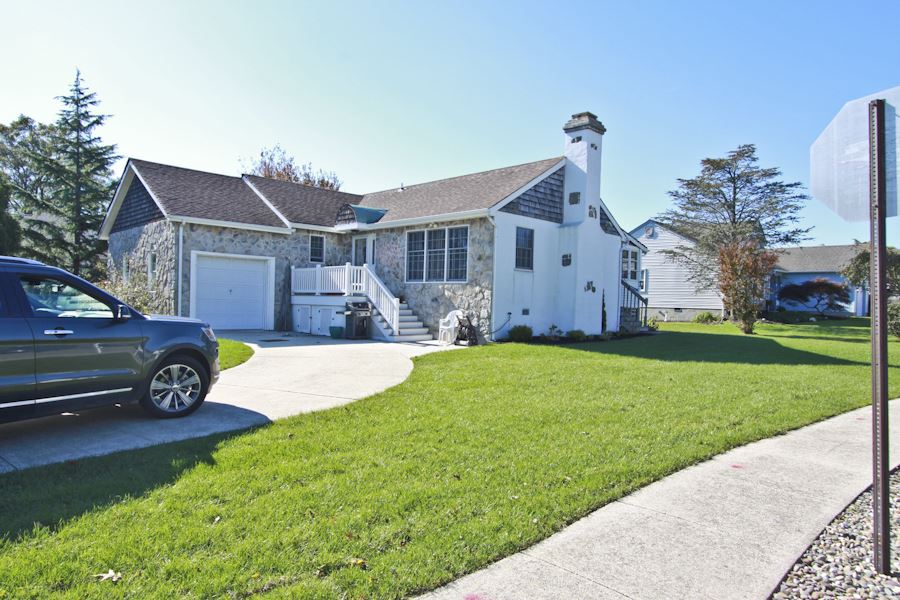 Residential for Sale at 9 Montauk Court 9 Montauk Court Lower Township, New Jersey 08204 United States