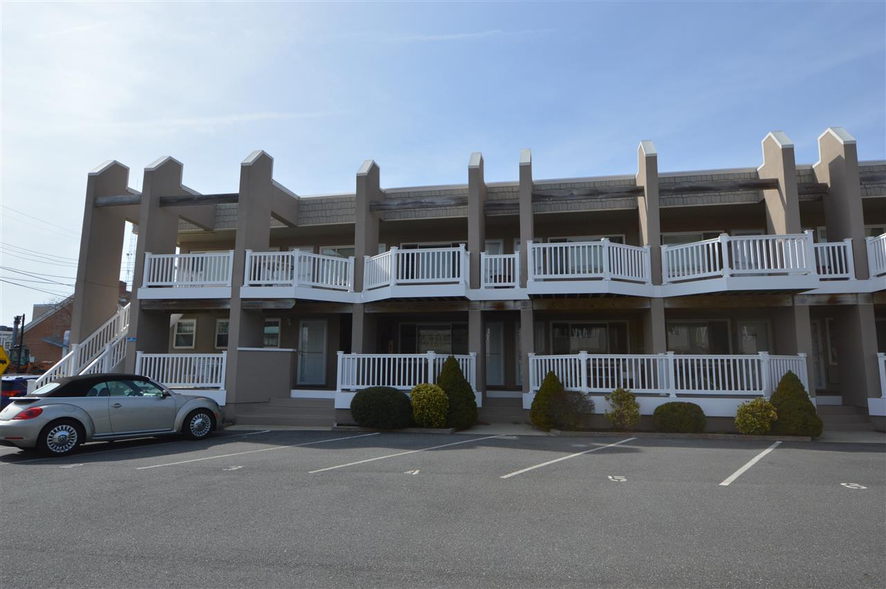 162, Unit 3 96th Street, Stone Harbor