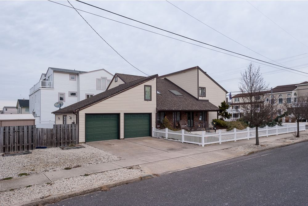 8014 Landis Avenue - Sea Isle City