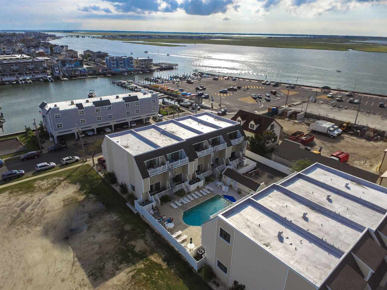 328, Unit 7 81st, Stone Harbor
