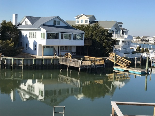 2405 Harbor Ave, Avalon