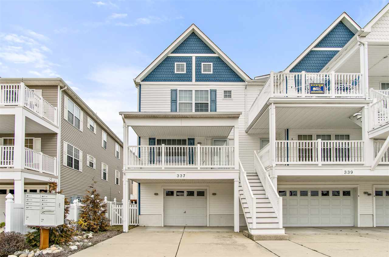 337, End Unit Pine, Wildwood