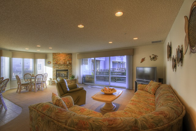 902 Ocean Drive - Picture 2