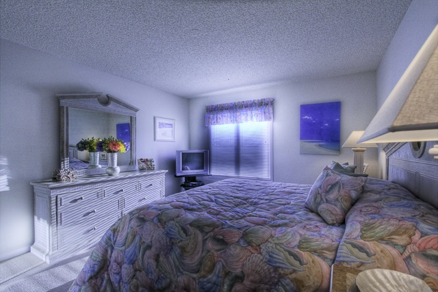 902 Ocean Drive - Picture 11
