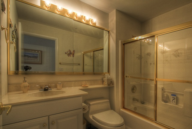 902 Ocean Drive - Picture 12