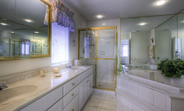 902 Ocean Drive - Picture 14