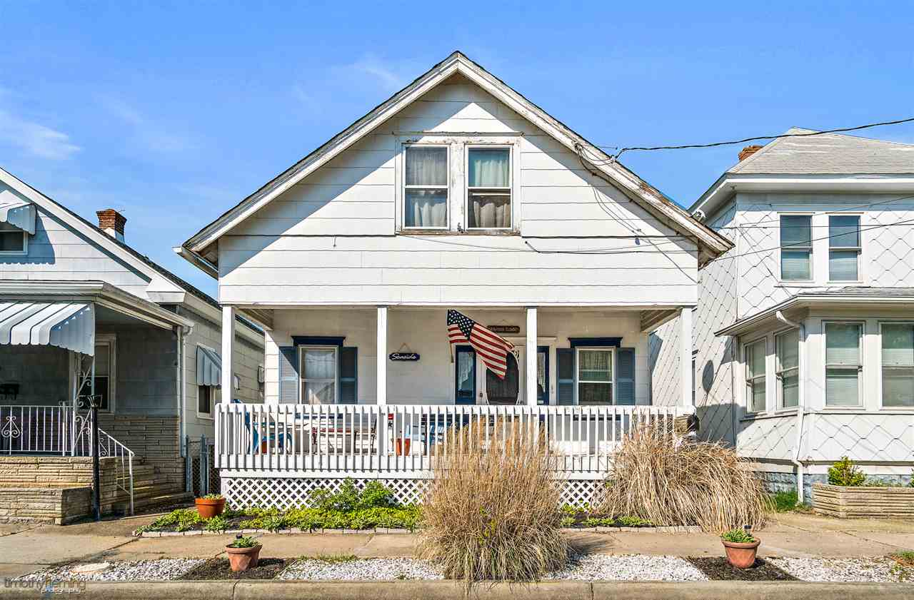 111 Juniper, Wildwood