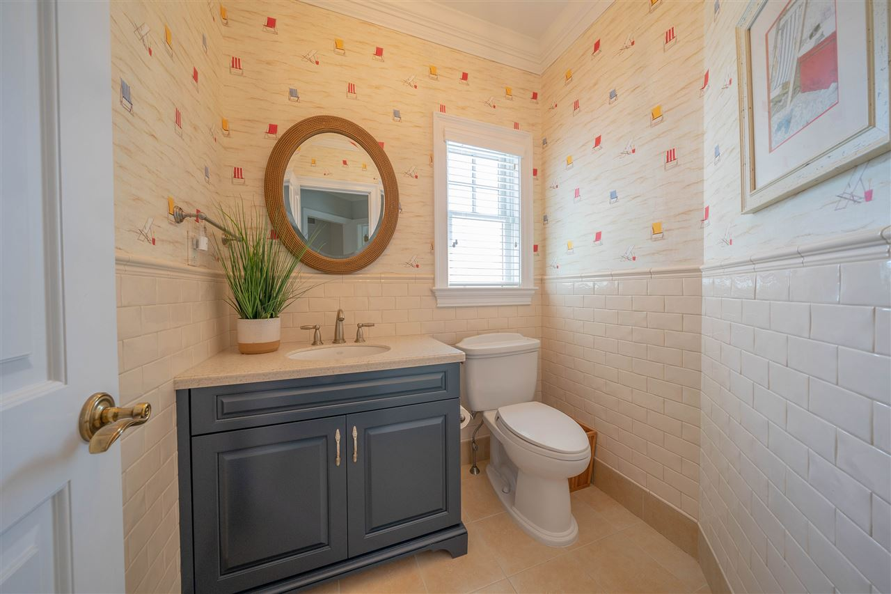8221 First Avenue - Picture 4