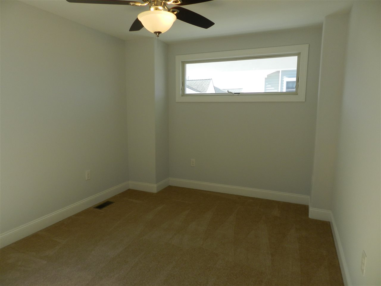 346 39th Street  - Picture 10
