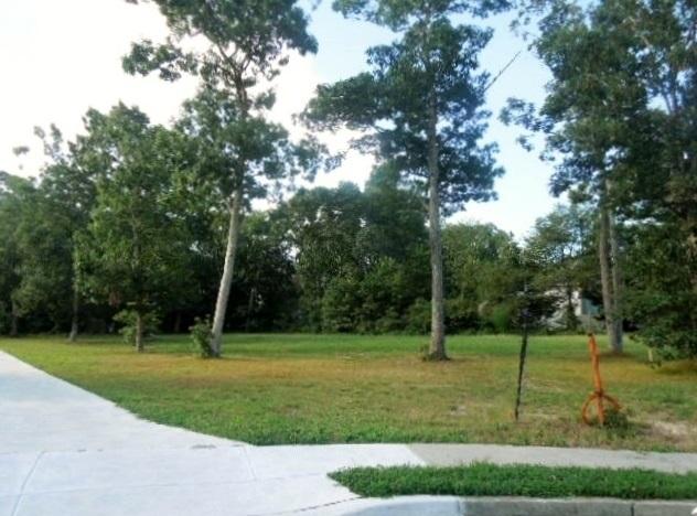 36 White Oak Drive - Picture 1