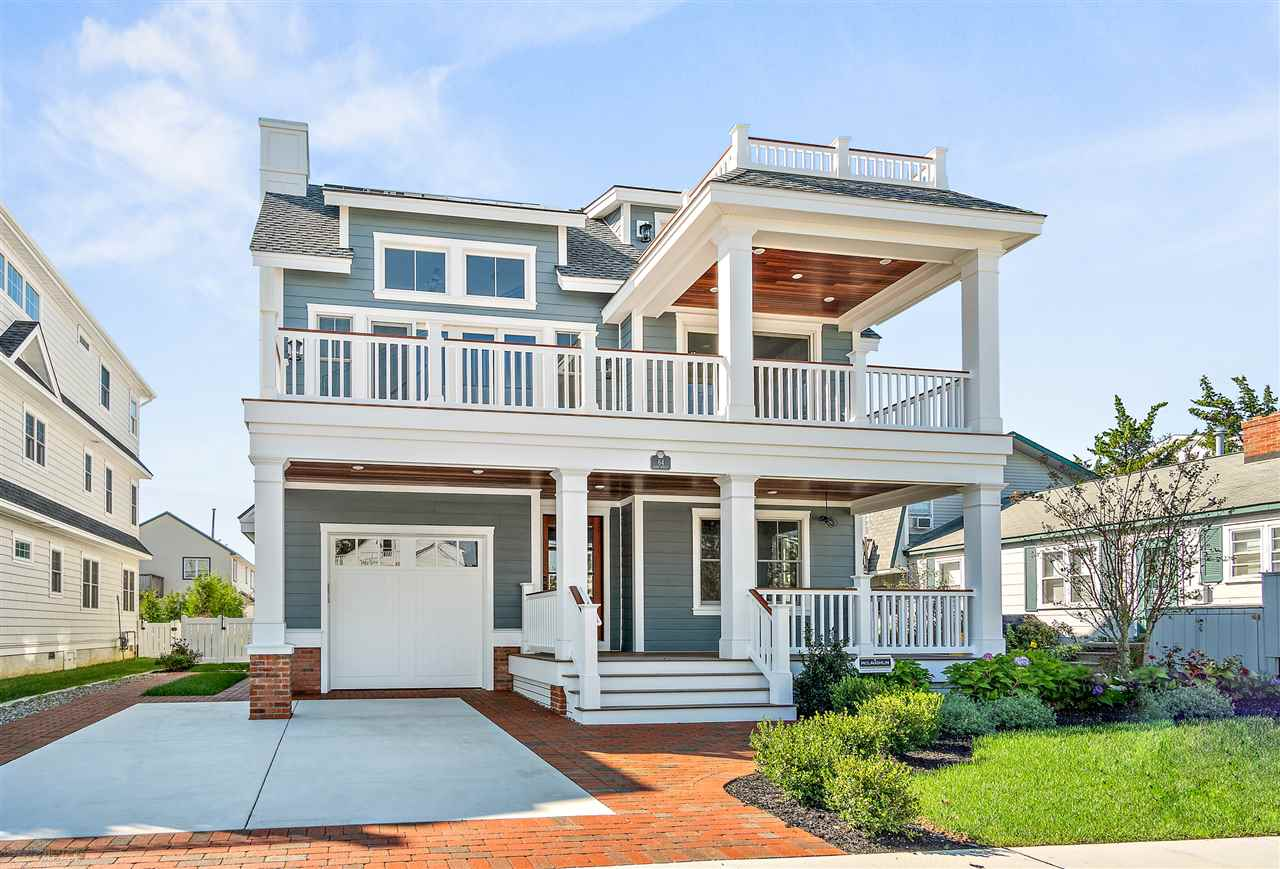 64 W 30th Street, Avalon, NJ 08202