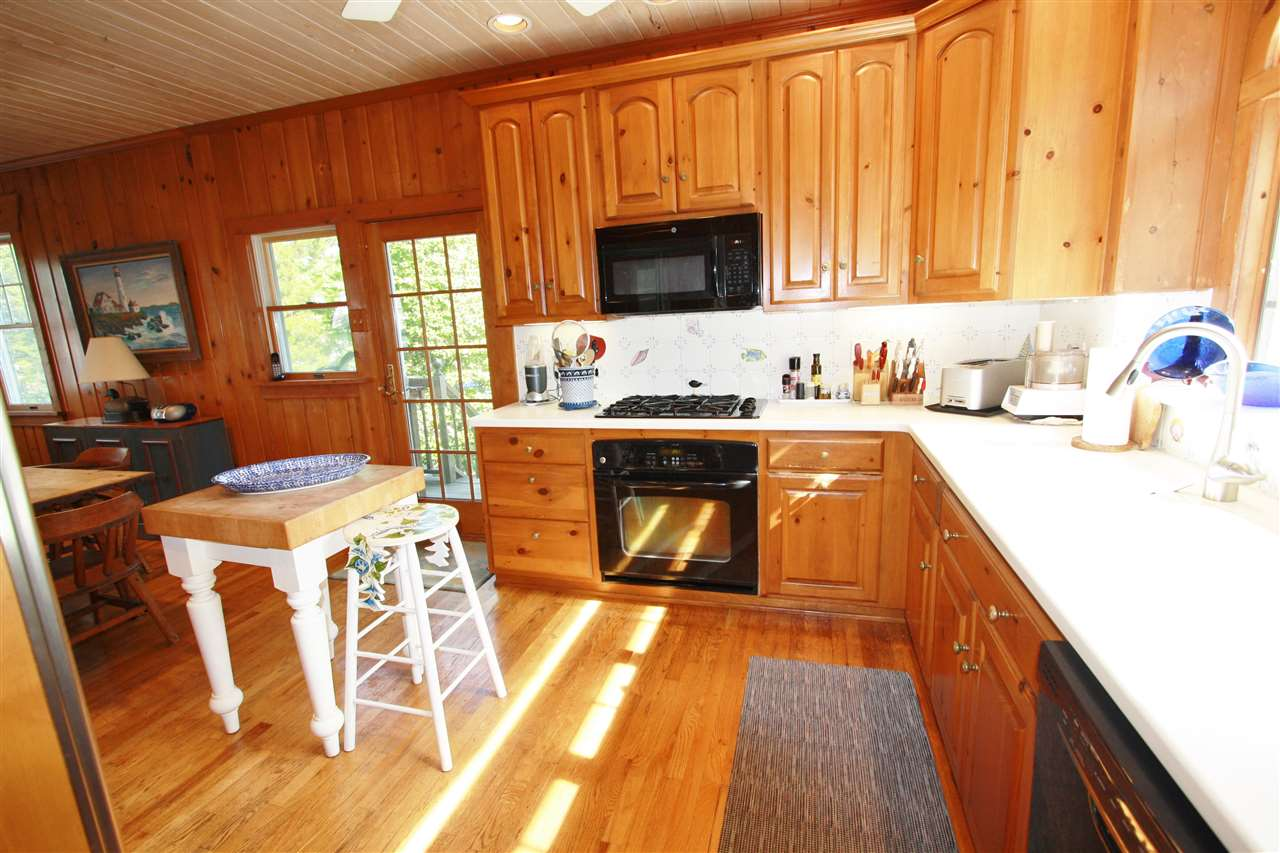 340 104th Street - Picture 9