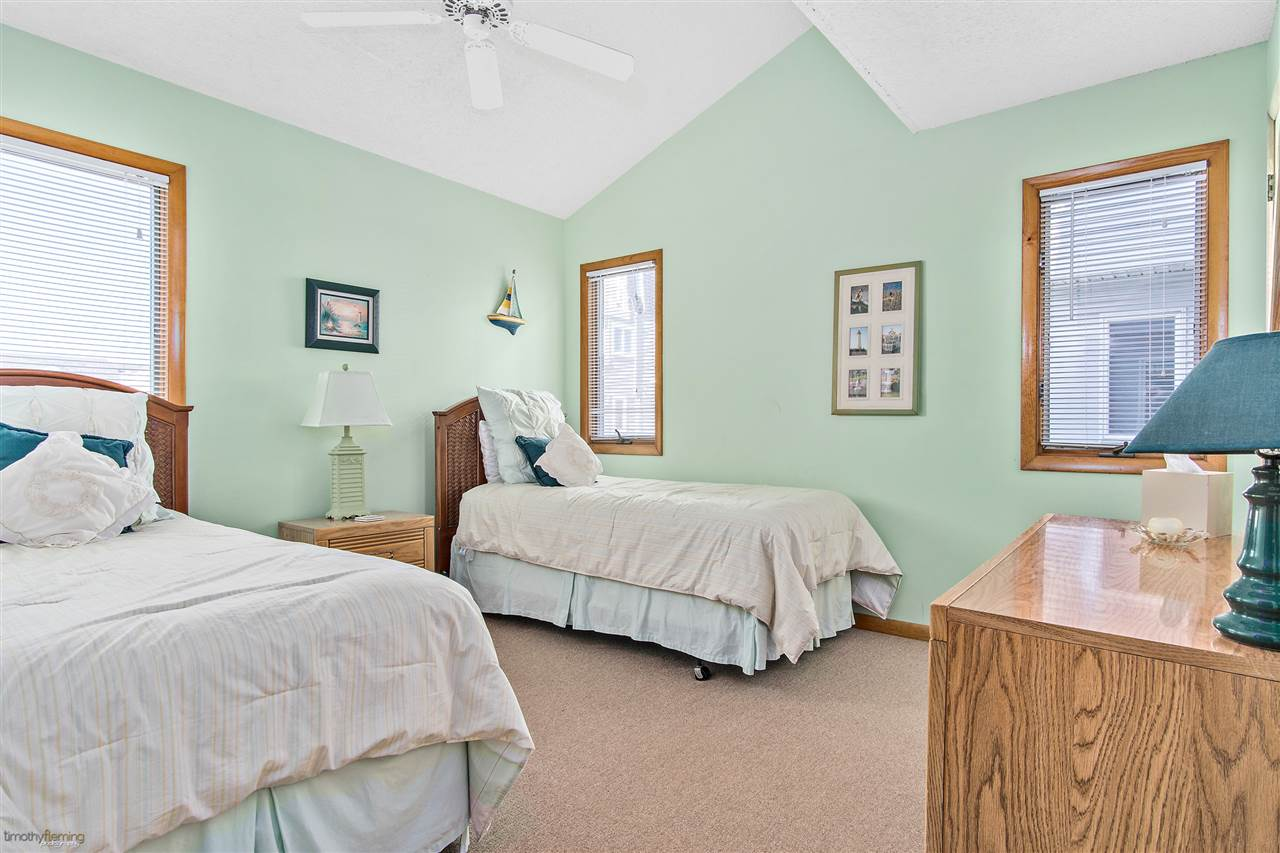 3010 Marine Place Place - Picture 10