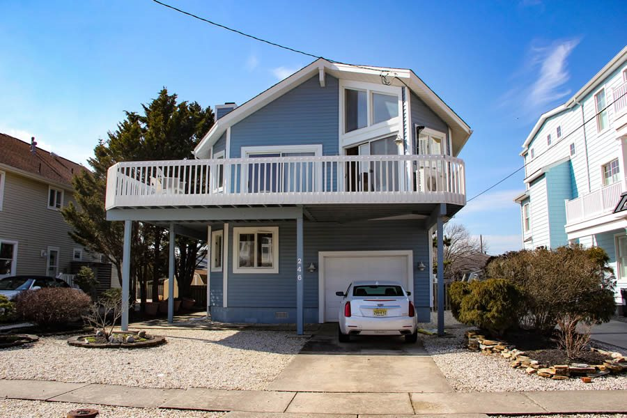 246 45th Street - Picture 1