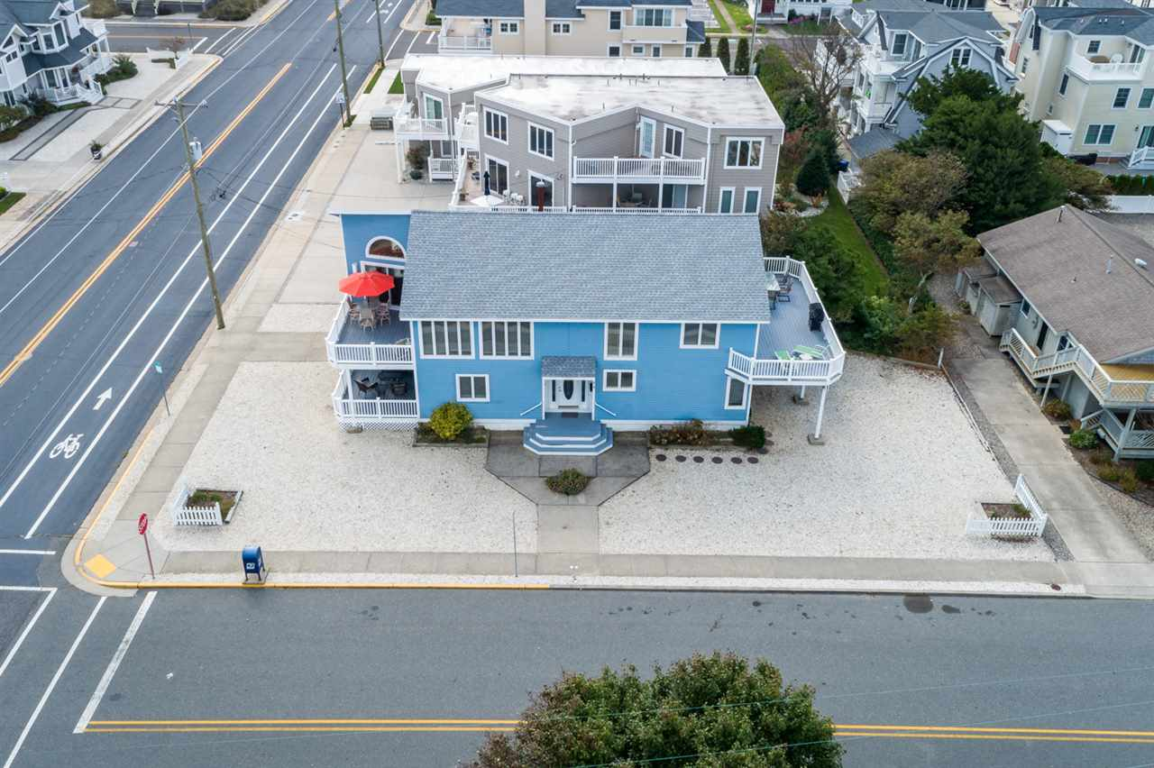 818 1ST, Avalon, NJ 08202