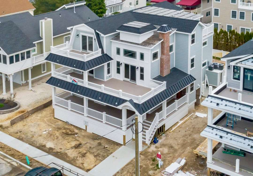 221 56th St, Avalon, NJ 08202