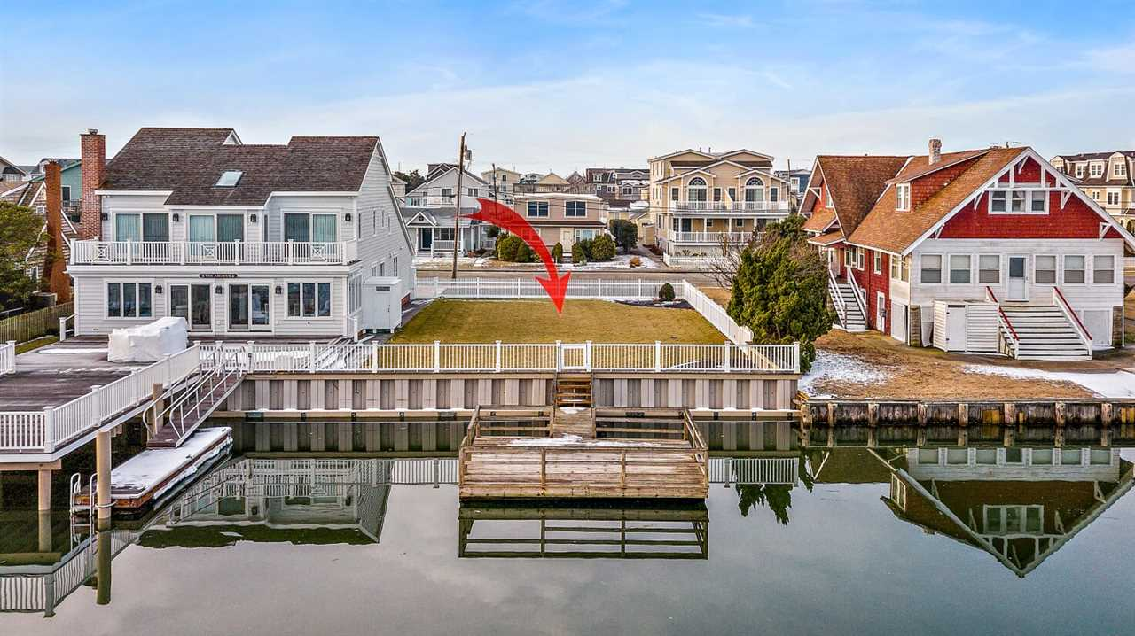 391 20th Street, Avalon, NJ 08202