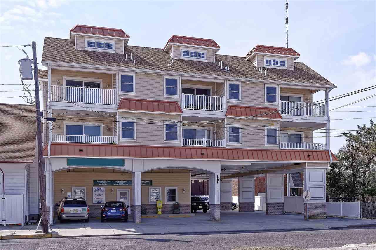 4204 Landis Avenue unit 302 - Picture 1