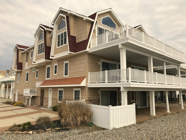 3212 Boardwalk, Sea Isle City