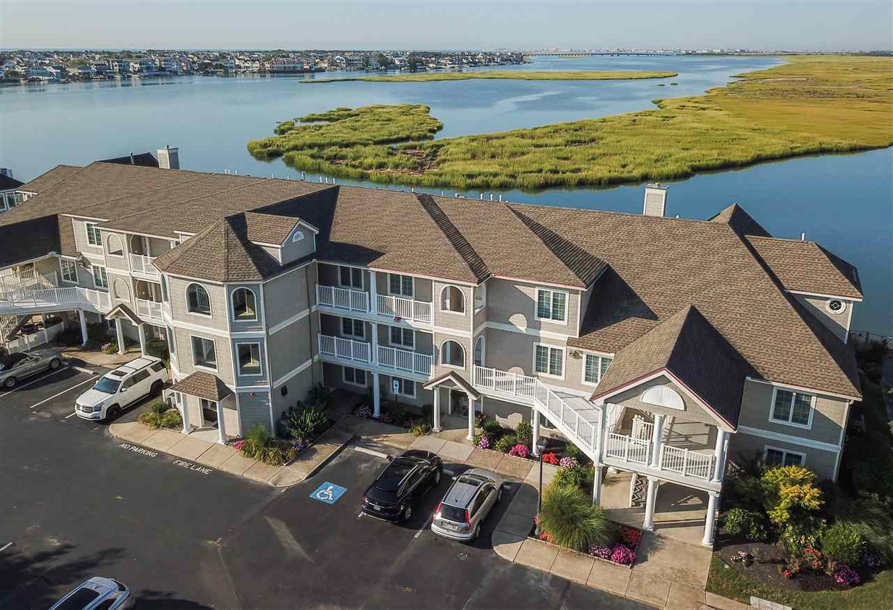 1127, B-22 Stone Harbor, Stone Harbor Manor