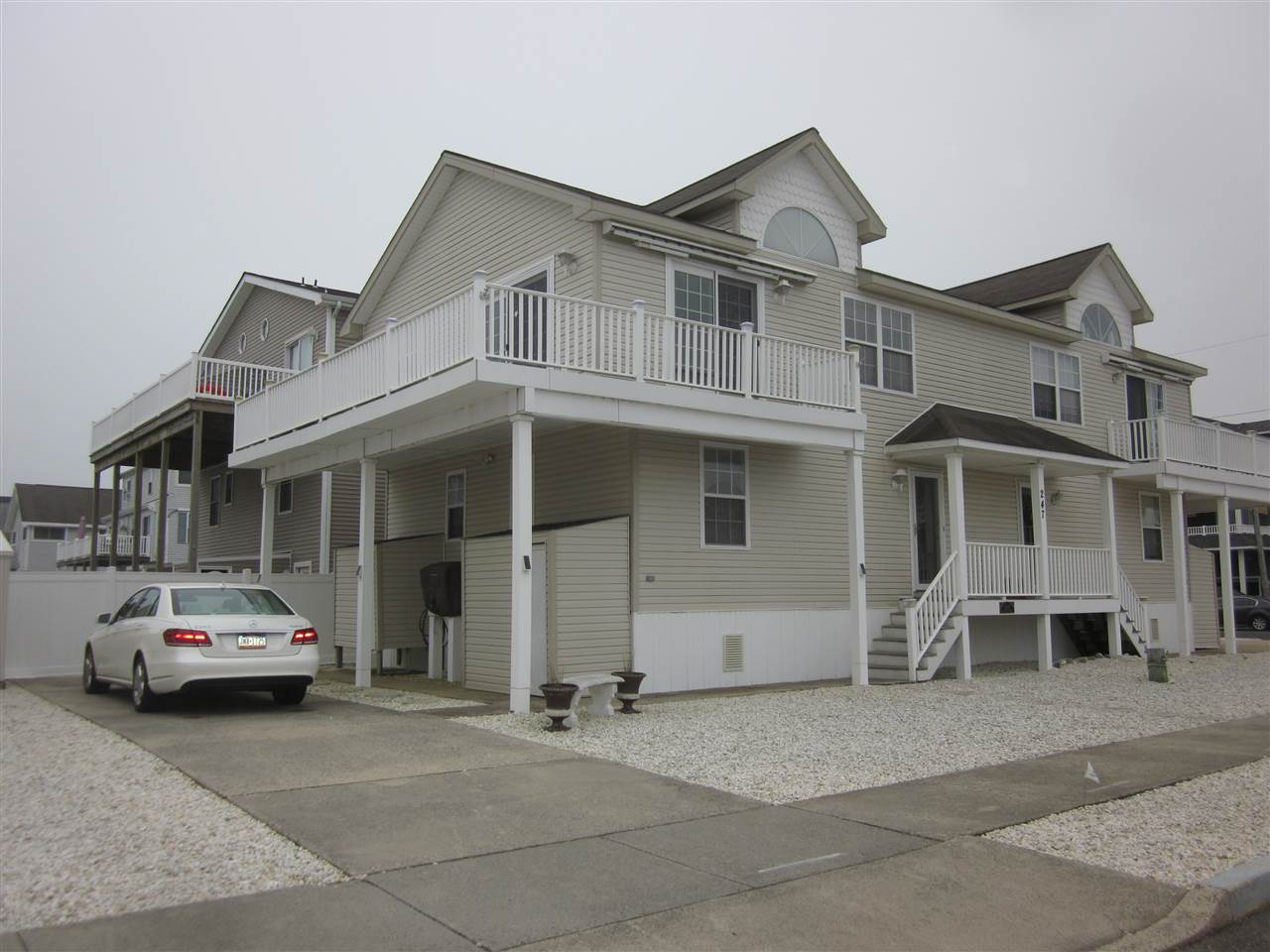 247 38th Street - Picture 1