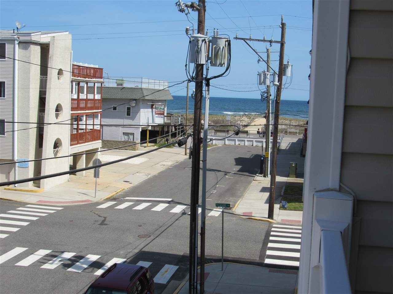 26 42nd Street - Picture 14