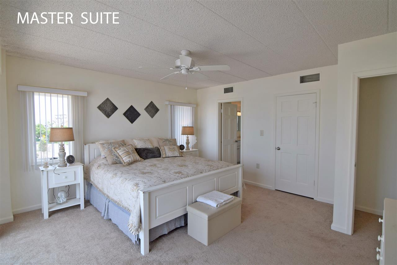 1100 Ocean Drive - Picture 13