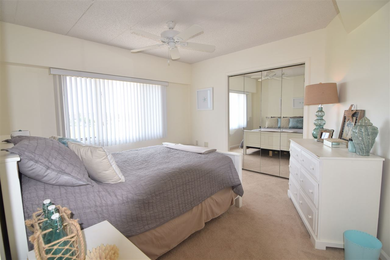 1100 Ocean Drive - Picture 16