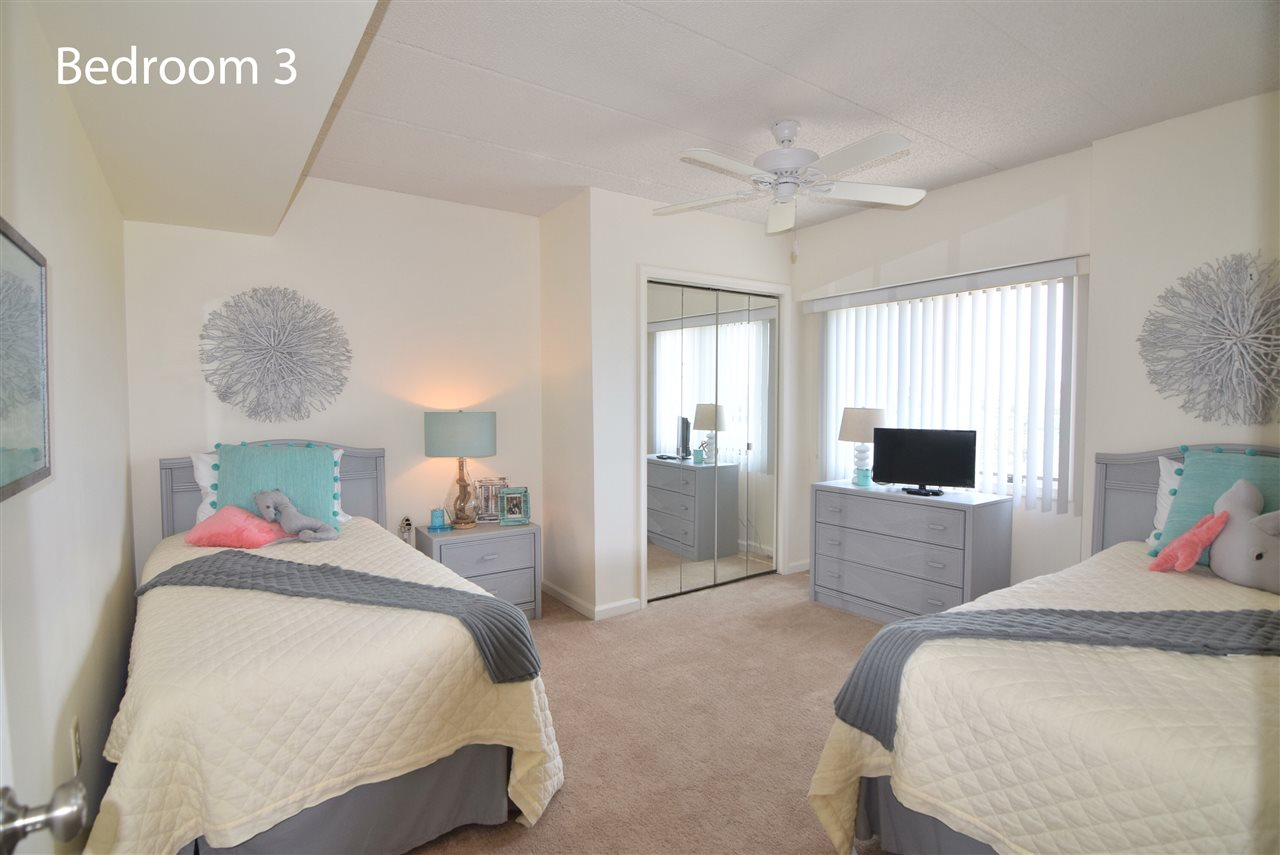 1100 Ocean Drive - Picture 17