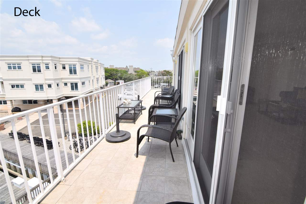 1100 Ocean Drive - Picture 21
