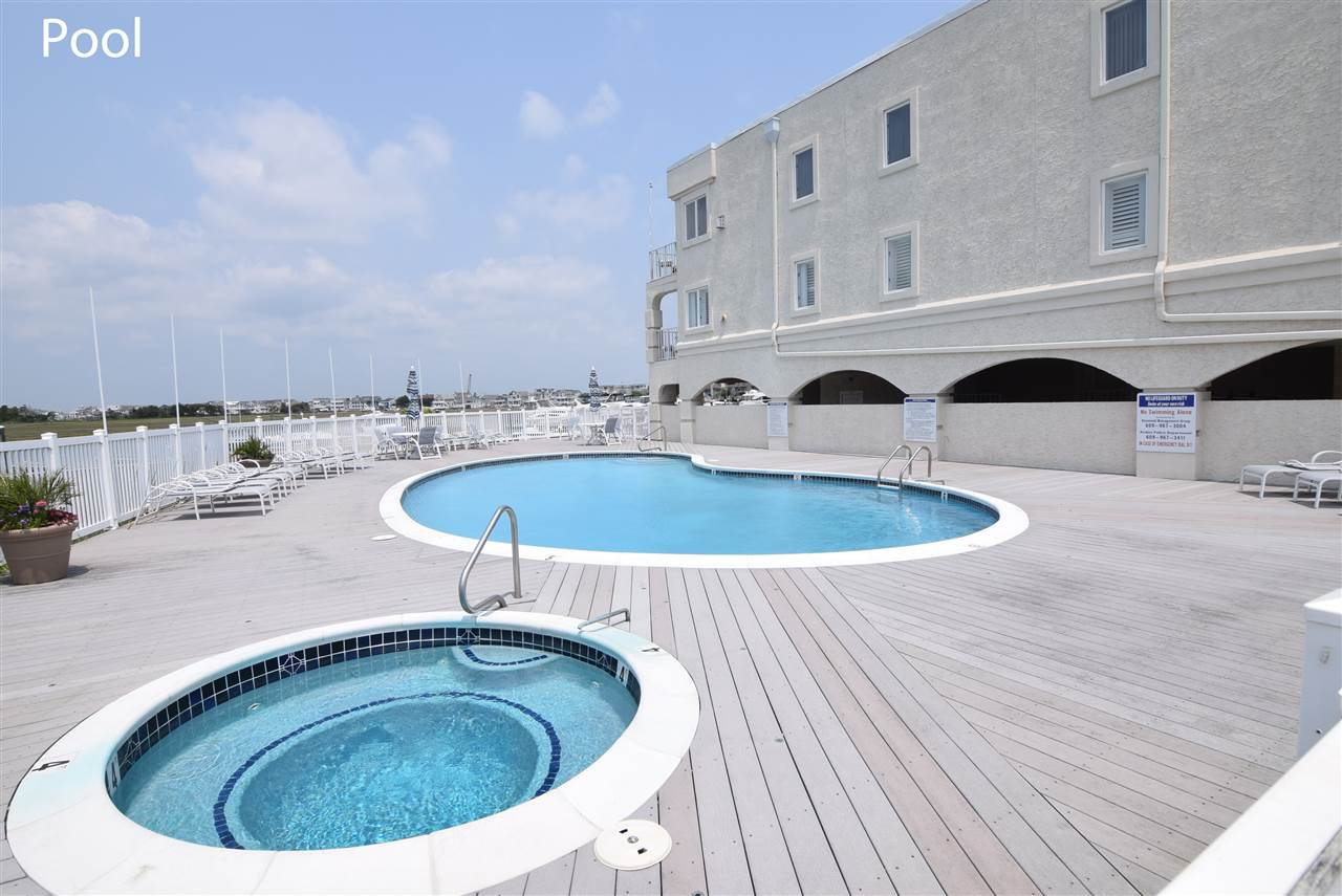 1100 Ocean Drive - Picture 4