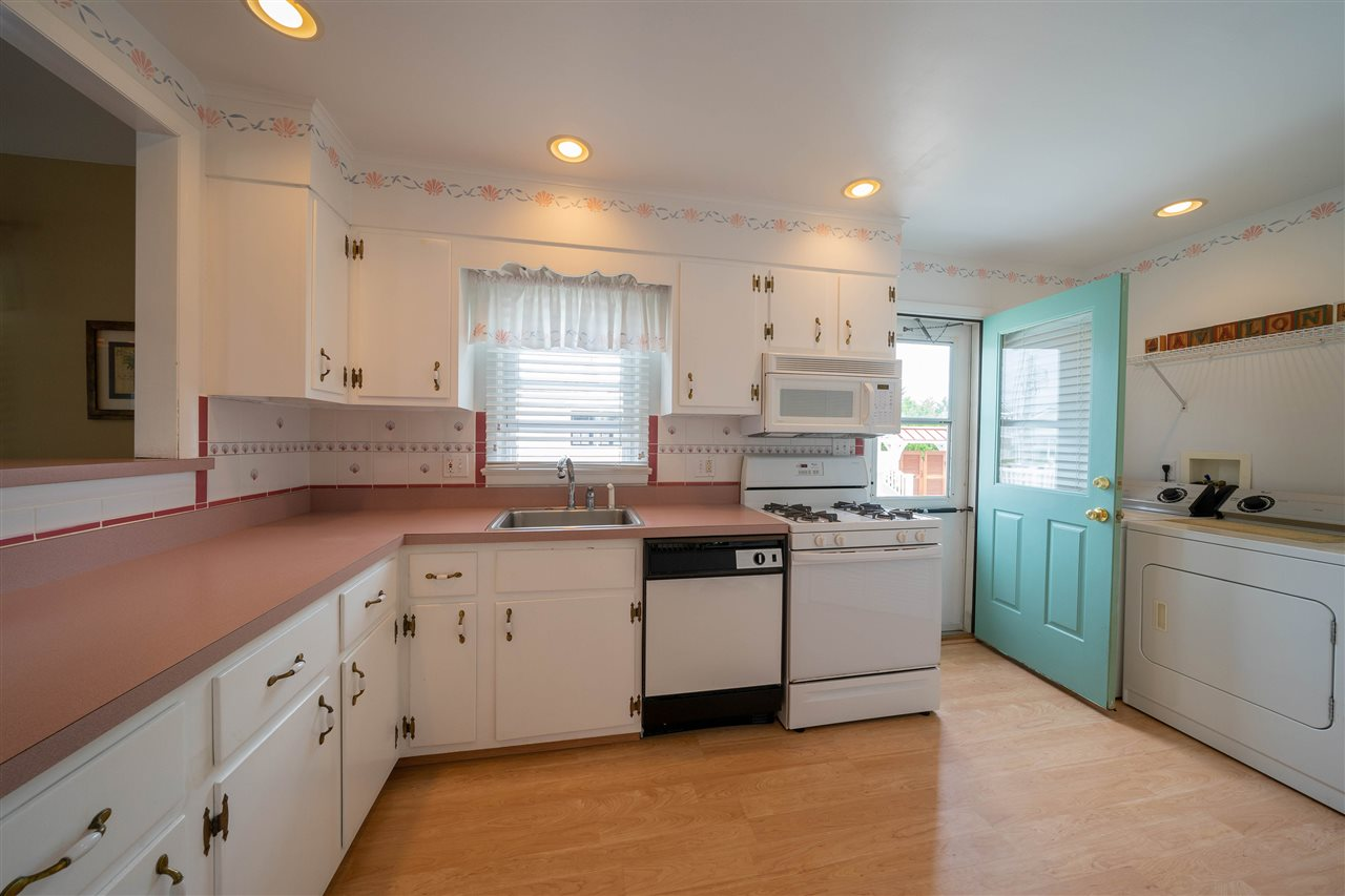 251 46th Street - Picture 10