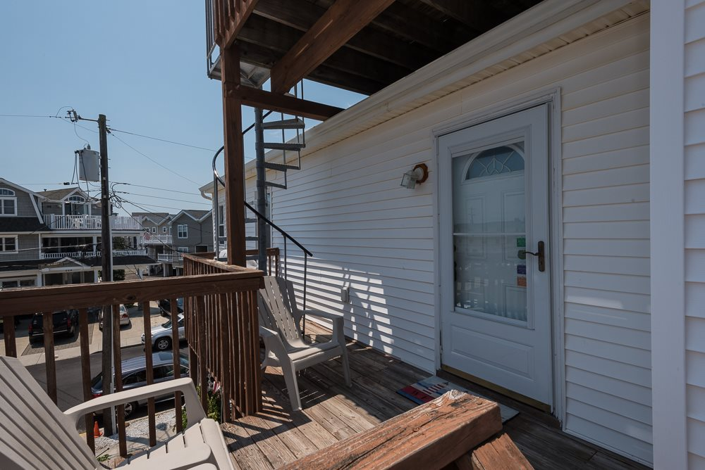 225 87th Street - Picture 20