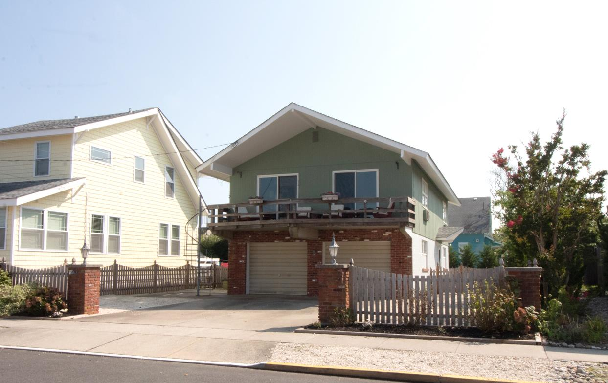 275 100 Street - Picture 24