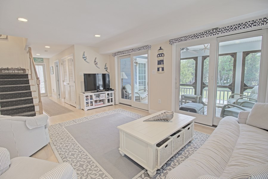 6256 Ocean Drive - Picture 11