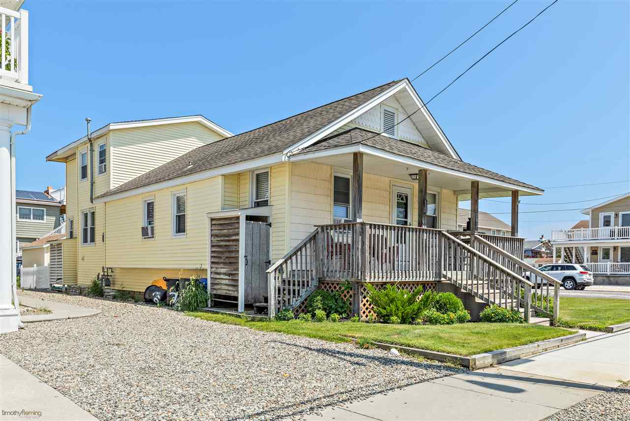 703 21st Street - Picture 1